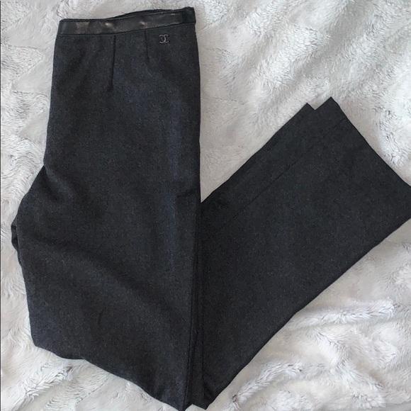 2️⃣0️⃣0️⃣ Chanel cc logo wool pants